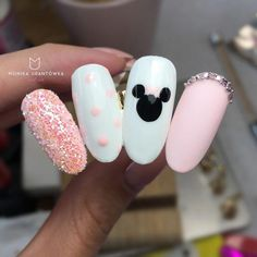 "21 de Mar, 2020 - Ideas Mickey Disney Nails Nail â € "" ideas de Mickey de Disney Nails Nail â €"" Los post Mickeyâ € Mickey Nails, Minnie Mouse Nails, Disney Nail Designs, Nail Art Designs, Nails Design, Princess Nail Designs, Design Design, Pink Nails, My Nails"