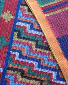 Tausug textiles Textures Patterns, Print Patterns, Philippines Culture, Culture Clothing, Indigenous Tribes, Mindanao, Ethnic Design, My Roots, Tribal Art