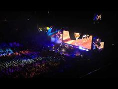 Paul McCartney - Drive My Car in St. Louis 2012