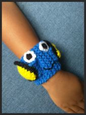 To celebrate Finding Dory, I created a knitting pattern for Blue Tang fish wristbands with fins.    http://www.weknitcolorado.com/patterns-1.html  Please forward and share with others.  #Colorado #Knitting #Crochet #Yarn #Weaving #Spinning #Retreat #FortCollins #WeKnitColorado #WhatsOnYourNeedles #RT #share #JustKeepSwimming