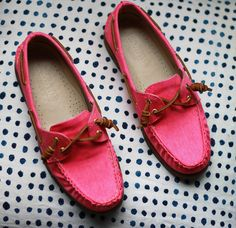 pink boat shoe