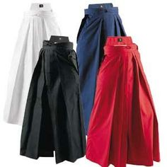 Hakama - Thinking of reinterpreting this traditional Japanese men's trousers in African fabric.