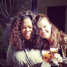 An iced tea toast with Maria Shriver. #birthdaylunch