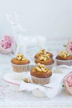 Kürbis Käsekuchen Muffins mit karamellisierten Cashews