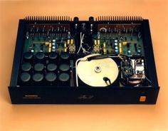 Sugden Au51 (Original) Stereo Power Amplifier - Internal View. (1986-1990)