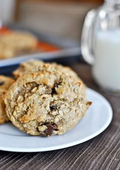 Breakfast Cookies | howsweeteats.com
