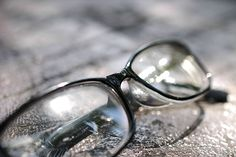 Dobd el a szemüveged! 4 szuper gyakorlat látásod javításáért. Éveket fiatalodhat a szemed!