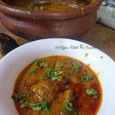 Malvani Chicken Curry/Malwani Chicken Curry Recipe/Malvani Kombdi Rassa how to make malvani chicken curry Indian Chicken Recipes, Goan Recipes, Fried Fish Recipes, Veg Recipes, Curry Recipes, Indian Food Recipes, Vegetarian Recipes, Cooking Recipes, Indian Foods