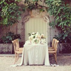 #wedding in #PARIS www.sposestile.it #matrimonio #instacool #mariage #weddingday #weddingtime #weddingstyle #weddingtable #fashion #fashionblogger #instadaily #instagood #mariageparis #bride #bridal #instabride
