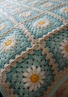 Quick Crochet Blanket, Point Granny Au Crochet, Crochet Daisy, Crochet Blanket Patterns, Knitting Patterns Free, Crochet Flowers, Free Knitting, Crochet Blocks, Afghan Crochet