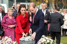 Will & Kate lay a stone for the Christchurch victims - Day 8