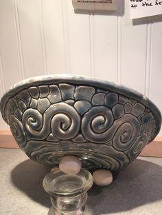Swirl and pebble bowl