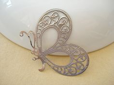 10pcs Antiqued Silver Filigree BUTTERFLY 33X46mm by yooounique, $2.85 Silver Filigree, Antique Silver, Butterfly, Trending Outfits, Antiques, Unique Jewelry, Handmade Gifts, Base, Vintage
