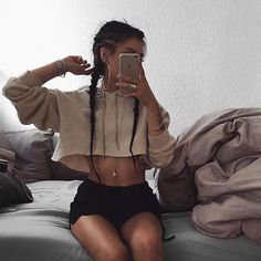 #crophoodie #croptop #hoodie #hoodies #fashion #fashionblogger #fashionstyle #fashionable #fashiondesigner #womensfashion #newcollection #newdesign #womenswear #casualstyle #casualwear #onsale #wholesale #whatsappme +8617359240414 🖤