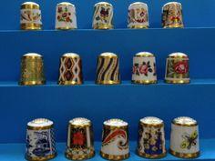 Colección completa Royal Crown Derby-The Historical Collection. Thimble-Dedal-Fingerhut.