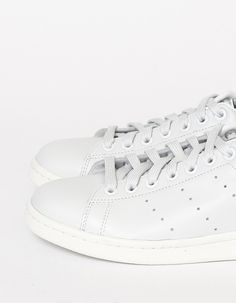 Minimal + Classic: Adidas Stan Smith