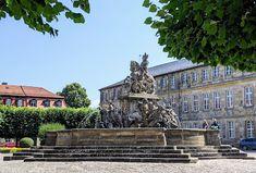 Statue, Mansions, House Styles, Bayreuth, Horseback Riding, Bavaria, Manor Houses, Villas, Mansion