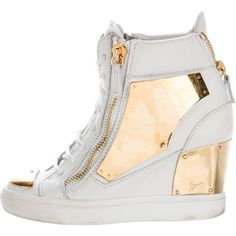 Pre-owned Giuseppe Zanotti Leather Wedge Sneakers ($225) ❤ liked on Polyvore featuring shoes, sneakers, white, white sneakers, leather wedge sneakers, white leather shoes, white leather high tops and white lace up sneakers