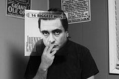Johnny Cash (SLEEVEFACE)