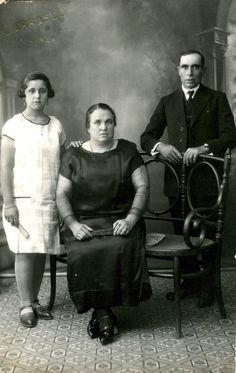 Carmen Sanchez : soeur de Juana Sanchez (mère de ma GMM Pepa) = tante de ma GMM les autres ? prob sa fille (Mariarchi?) et son mari (Maids?)