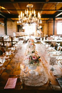 Romantic Salvage One Wedding by Fleur. Photo by Pen Carlson.
