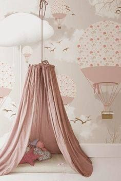 little hands: Little Hands Wallpaper Mural - Balloons love this for a toddler room! Baby Bedroom, Nursery Room, Girls Bedroom, Room Baby, Trendy Bedroom, Nursery Themes, Bedroom Ideas, Childs Bedroom, Baby Rooms