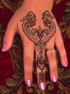 love this design...History of Mehndi Designs or Henna