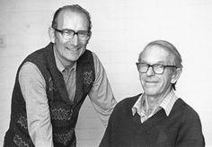 El Dr. Milstein con el Dr. Frederick Sanger (2 veces laureado con el Premio Nobel de Química).-