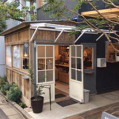 表参道のSHOZO COFFEE。いつ訪れても、ホッと出来ます。那須高原の気分がそのまま東京に。 #ハナコ #SHOZOCOFFEE