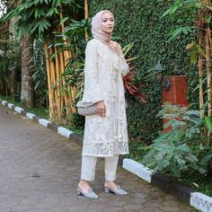 Kebaya Modern Hijab, Kebaya Hijab, Kebaya Dress, Dress Pesta, Kebaya Muslim, Modern Hijab Fashion, Batik Fashion, Hijab Fashion Inspiration, Muslim Dress
