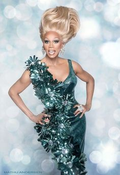 Rupaul Charles - Drag queen, singer, producer, TV presenter and author. Drag Queens, Rupaul Quotes, Rupaul Drag Queen, Queen Makeup, Glamour, Actresses, Celebrities, People, Fashion Design