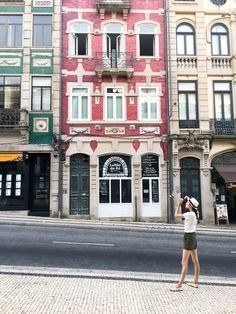 It only took one day to fall in love with Portugal. But, spending two months in this country really sealed the deal, and now it's vying for the top spot as my absolute favorite country in Europe.Portugal may be on the smaller side, but you wouldn't know it looking at the variety of the list below: