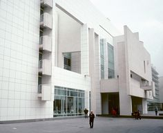museum of contemporary art (MACBA)—barcelona, spain (1992-95) architect: richard meier