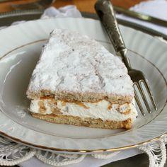 Ricotta cake and pears Sal de Riso – backen My Favorite Food, Favorite Recipes, Pear Dessert, Ricotta Cake, Sweet Pie, Little Cakes, Bakery Recipes, Mini Desserts, Sweet Cakes