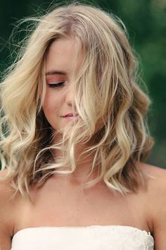 Tousled Waves for Shoulder-length Hair