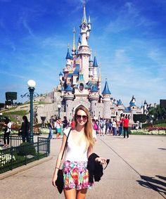 What People REALLY Wear To The Happiest Place On Earth #refinery29  http://www.refinery29.com/disney-world-outfits