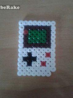 http://pixelmalaga.berake.com/ - Vendo Game boy...