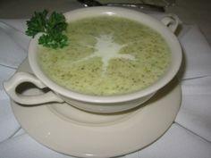 Supa crema de usturoi cu smantana Hungarian Recipes, Vegetarian, Tableware, Desserts, Foods, Drinks, Salads, Cooking, Tailgate Desserts