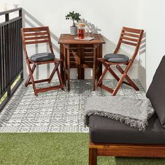 Quickly create a personal look with MÄLLSTEN floor decking in weatherproof porcelain. The decking easily clicks together. Mix with MÄLLSTEN and RUNNEN floor decking to enhance the creative look. Apartment Deck, Apartment Balconies, Condo Balcony, Apartments, Deck Furniture, Outdoor Furniture Sets, Ikea Furniture, Industrial Furniture, Furniture Design