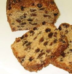 This sultana loaf cake is low fat and slices nice it also improves with a couple of days ageing. This sultana loaf cake is low fat and slices nice it also improves with a couple of days ageing. Loaf Recipes, Baking Recipes, Cake Recipes, Easy Fruit Cake Recipe, Tea Cakes, Food Cakes, Fruit Cakes, Sultana Cake, Low Fat Cake