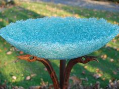 glass birdbath | ARTISAN PRODUCTS MADE BY USING DISCARDED TEMPERED GLASS