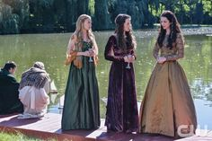 "Reign -- ""A Chill in the Air"" -- Image Number: RE105a_0046.jpg -- Pictured (L-R): Celina Sinden as Greer, Anna Popplewell as Lola and Adelaide Kane as Mary, Queen of Scots -- Photo: Sven Frenzel/The CW -- © 2013 The CW Network, LLC. All rights reserved."