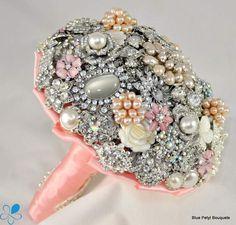 Pink #Brooch #Bouquet
