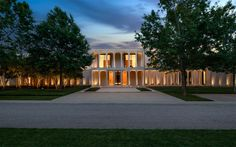 A Philip Johnson Masterpiece in Dallas, Texas | Briggs Freeman Sothebys International Realty