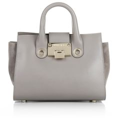 Very understated design with a high fahion moment. This Jimmy Choo Tote will match exactly with your business wardrobe. Fashionette.de