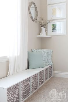 Hide a cute play area in your living room without it looking like a mess! Place it behind a sofa out of sight. By living room window Ideas Para Organizar, Kallax, Home And Deco, My New Room, Home And Living, Living Room Without Tv, Small Living, Home Projects, Diy Furniture