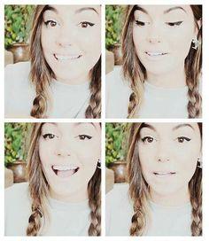 CutiePieMarzia has a beautiful smile! Marzia Bisognin!