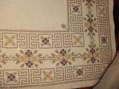 This Pin was discovered by Ρου Cross Stitch Art, Cross Stitch Borders, Cross Stitching, Cross Stitch Patterns, Beaded Embroidery, Cross Stitch Embroidery, Embroidery Patterns, Bargello, Needle And Thread