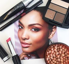 Today's #FOTD is all about a warm summer glow paired with subtle pink lip. #AvonMakeup