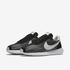 new arrival 0a3fa e689a Nike Roshe LD-1000 - sko til kvinder Skoskab, Sommeroutfits, Vinteroutfits,  Nike